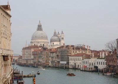 Canal Grande con chiesa Santa Maria della Salute