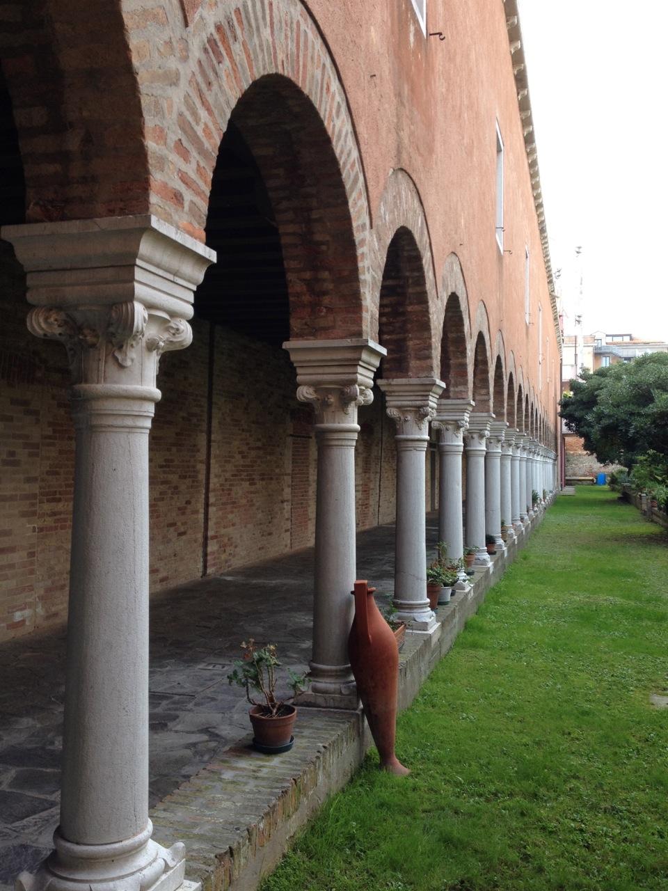 Portico del giardino di S.Francesco della Vigna a Venezia