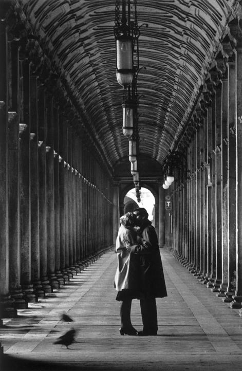 Gianni Berengo Gardin, Venice, 1959 (from artribune: http://www.artribune.com/2013/02/berengo-gardin-quando-la-storia-di-uno-diventa-la-storia-di-tutti/portfolio-italia-italy-portfolio-2/)