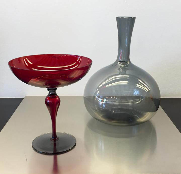 Coppa Charme, design Stefano Marcato per NasonMoretti, e bottiglia Morandi, design NasonMoretti (foto mia)