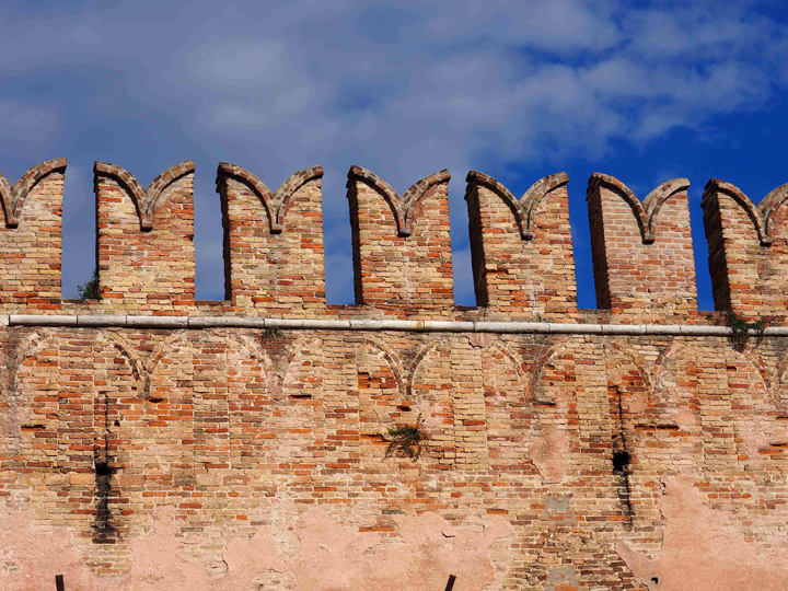 Arsenale a Venezia, dettaglio mura merlate