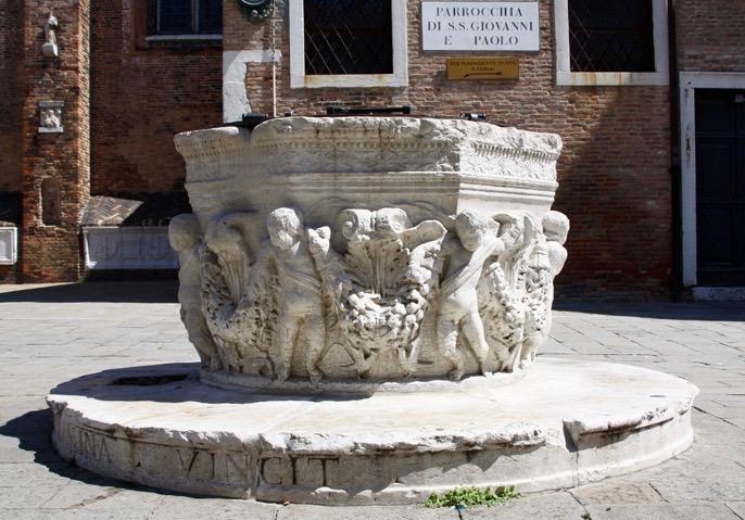 Venezia, Campo Santi Giovanni e Paolo, vera da pozzo