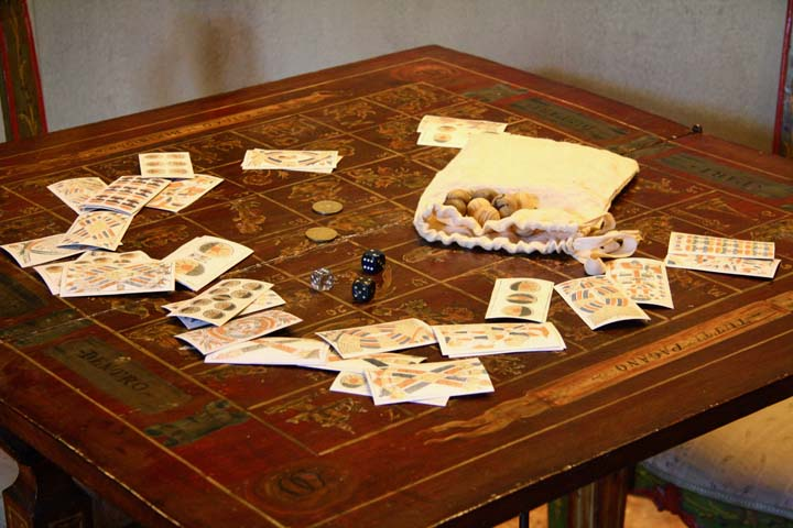 Ca' Centani: a gambling table in Casa Goldoni in Venice