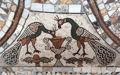 Les pavements vénitiens, comme des tapis de marbre coloré