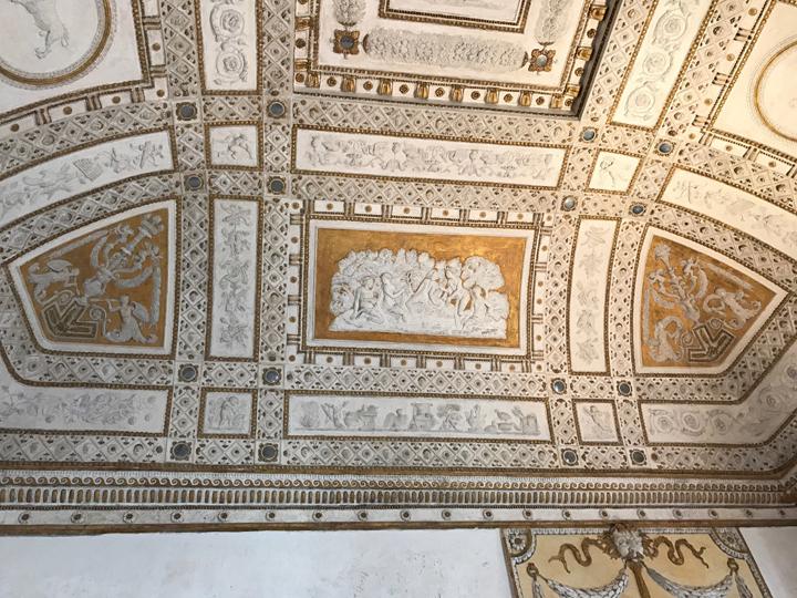 Giovanni da Udine, Giove e Callisto, stucchi e dorature di Palazzo Grimani, Venezia