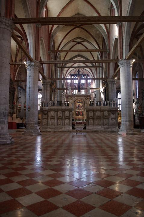 Venezia, Chiesa dei Frari, interno