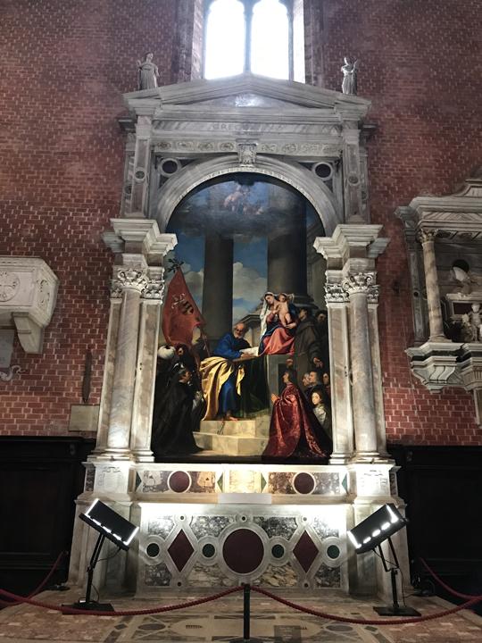 Venezia, Chiesa dei Frari, Altare della Immacolata Concezione e Pala Pesaro