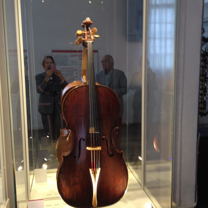 Famous cello attributed to Goffriller (early 18th century)