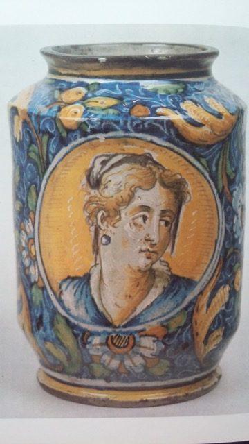 Ceramica veneziana, vaso con volto femminile