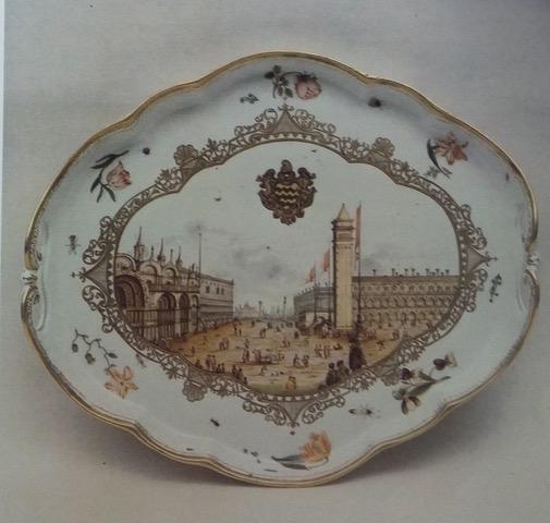 Porcellana veneziana, piatto con piazza San Marco