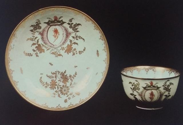 Porcellana veneziana, tazza con piattino