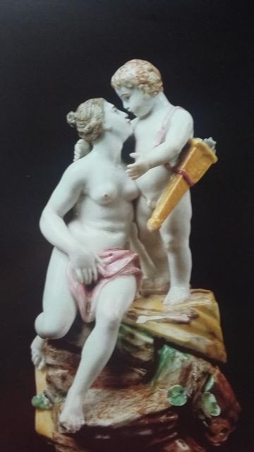 Porcellana veneziana, Venere e Cupido