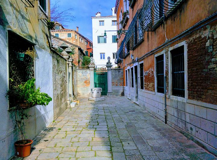 La casa di Tiziano, sede del laboratorio Mario Berta Battiloro