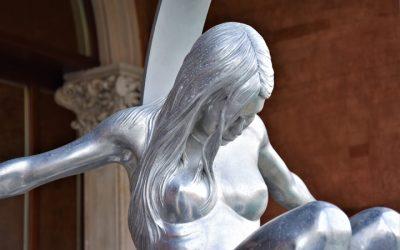 Le sculture di Lorenzo Quinn a Venezia