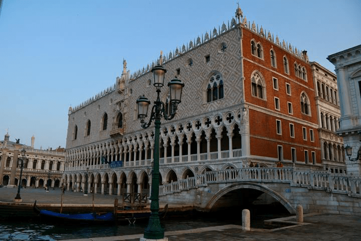 Guided Tour of the Doge's Palace, St. Mark's Church and Castello