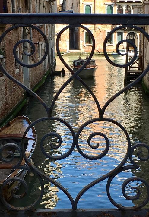 Ringhiera di ponte, dettaglio, Venezia