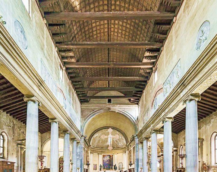 The Church of San Polo, interior