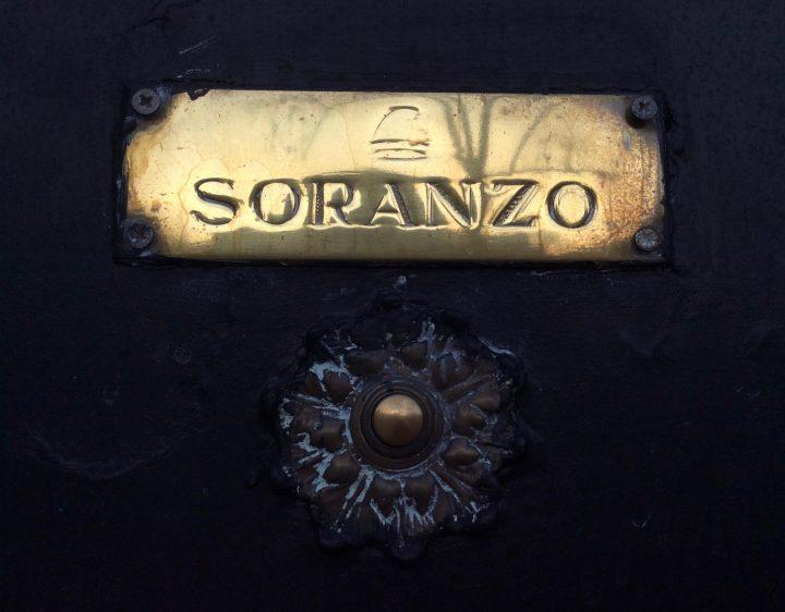 Doorbell of Palazzo Soranzo