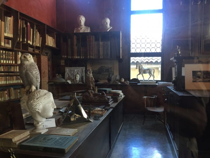photo 6: glimpse of Mariano's library (Palazzo Fortuny House-Museum)