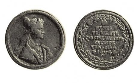 Medal portraying Dogaressa Elisabetta Querini Valier