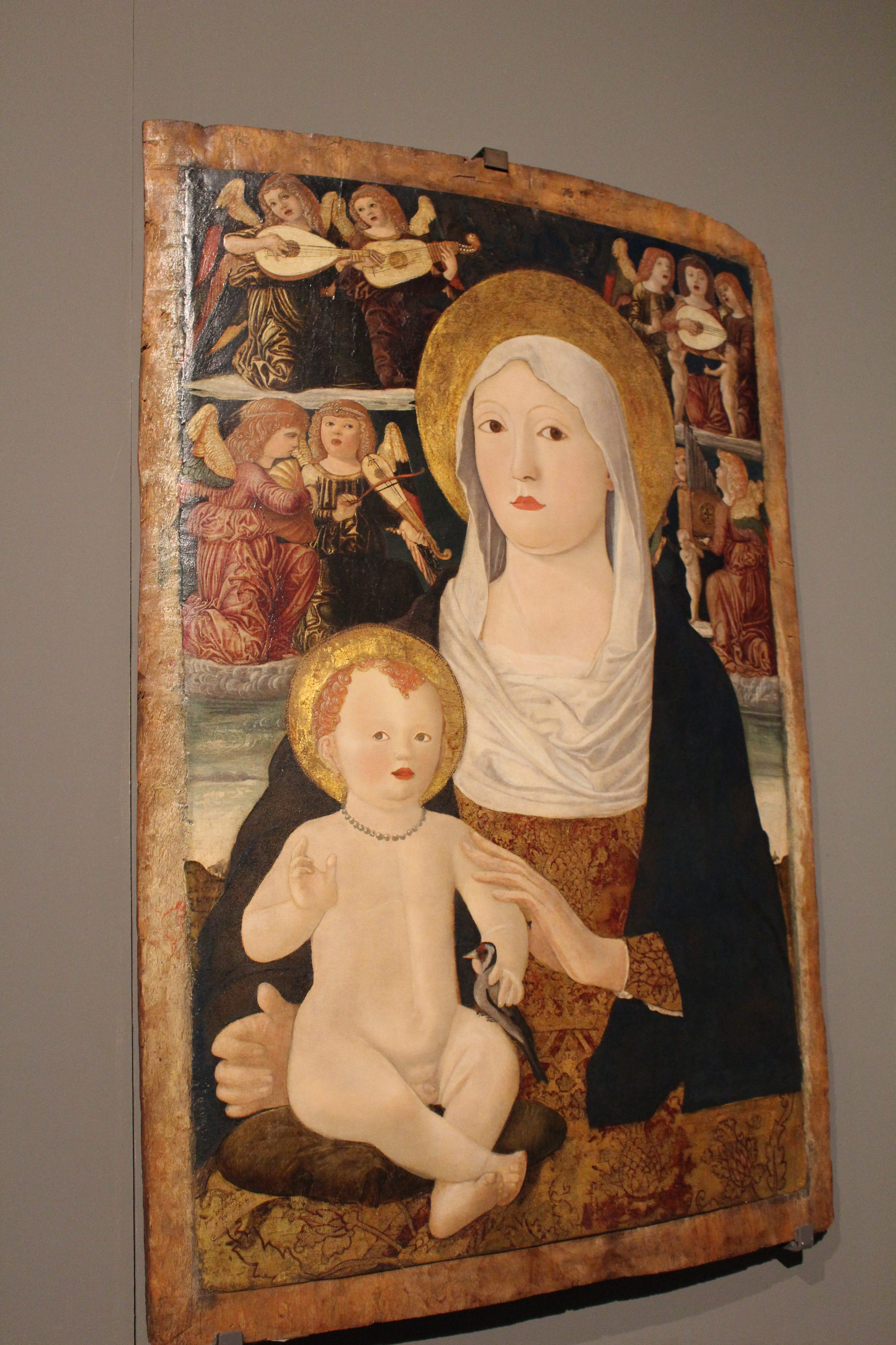 photo 9) Francesco da Tolmezzo: Madonna and Child with Angel Musicians, tempera on board 1490-1510
