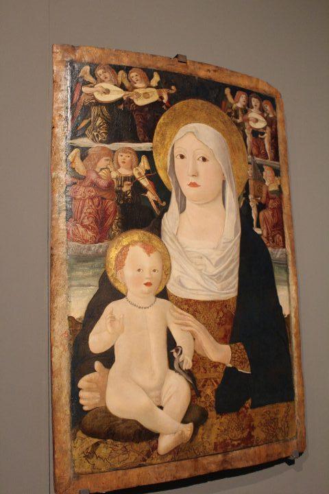 photo 9) Francesco da Tolmezzo : Vierge à l'Enfant avec les anges musiciens, tempera (détrempe) sur bois 1490-1510