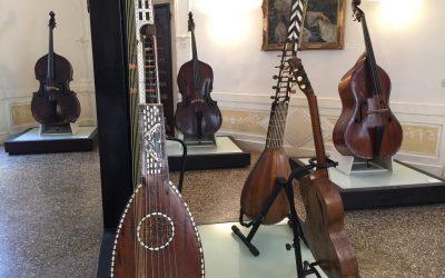 «Pianississimo» et «Sospiroso come il Ponte dei Sospiri» : c'est le Museé des instruments de musique du Conservatoire de musique Benedetto Marcello, à Venise, au Palazzo Pisani