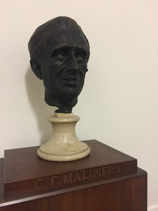 photo 22) Malipiero worked in the Music High School-Conservatory for around 20 years first as a teacher and later, for a long time, as a director. But he was also a prolific composer. This lovely bronze head depicts him as intensely focused. We are grateful to him for the 1940 Convention between the Municipal Authorities and the State thanks to which the School was turned into a Conservatory and for the whole of Palazzo Pisani (and not just part of the huge building) was destined to be institutionally used for music