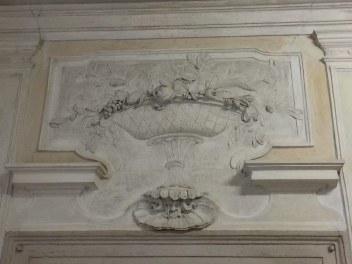 photo 6) lovely stucco stand with fruit