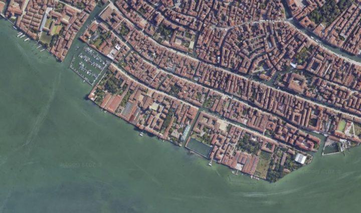 """""""the Rio de la Sensa and Sacca della Misericordia from above"""". Credits: Googlemaps"""