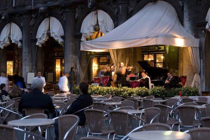 photo 5 Café Florian, orchestre