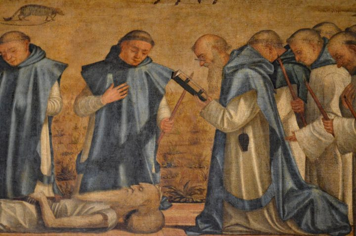 Photo 10 Vettore Carpaccio : Funérailles de Saint Jérôme, détail ; le moine à droite du Saint lit avec ses lunettes et l'étui qui les contient est suspendu à sa ceinture ; Scuola di San Giorgio degli Schiavoni, Venise