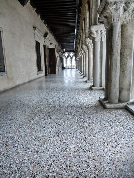 Pavement en 'Terrazzo', Palais des Doges, Venise