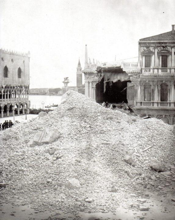 Effondrement du clocher en 1902
